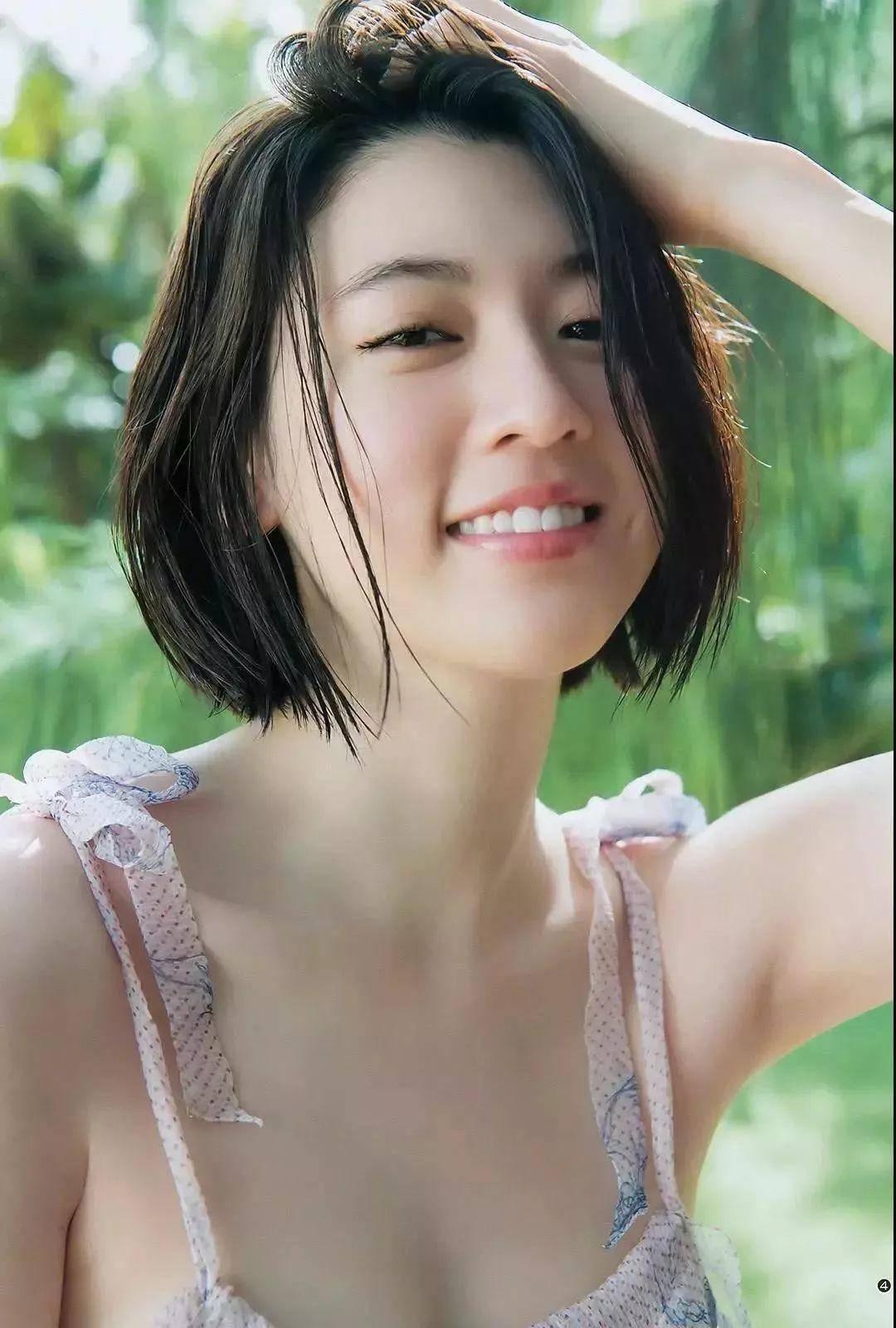 周董「说好不哭」女主三吉彩花,美到全世界都在讨论的空灵美女