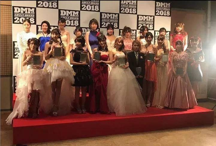 悲伤第四连:业界最强妹妹「麻里梨夏」引退