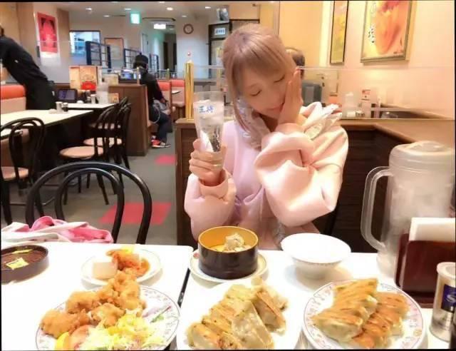 桃乃木香奈:从胖纸到女神的逆袭