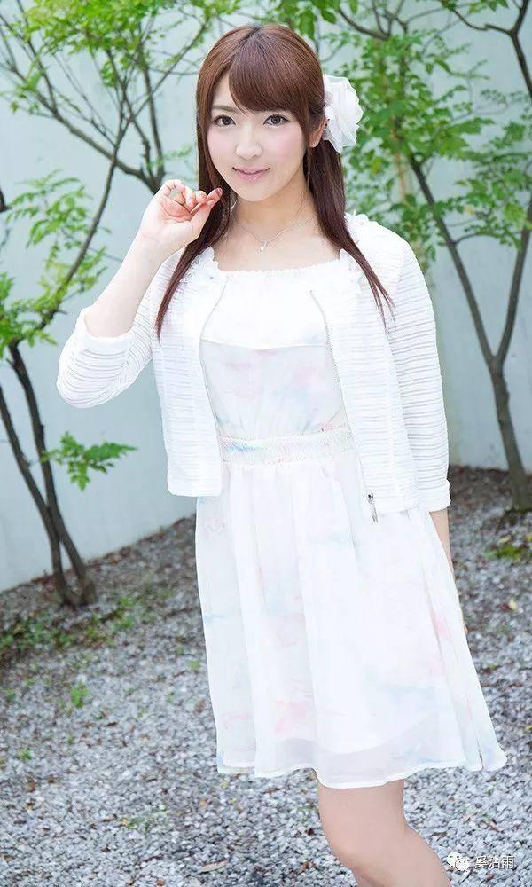 """""""二小姐""""神咲诗织将于12月引退"""